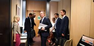 Remise du rapport à Jean-Baptiste Lemoyne, secrétaire d'État auprès du Ministre de l'Europe et des Affaires Étrangères